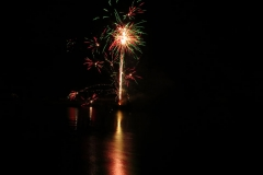 Firework-reflections-4