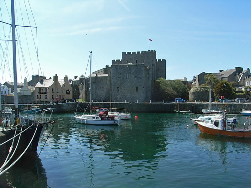 Castle-Rushen-and-harbour